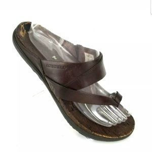 MERRELL BROWN LEATHER TOE RING STRAPPY SANDALS